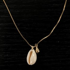Flot Pilgrim halskæde, med justerbar længde.