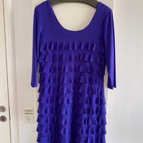 Frank Lyman kjole