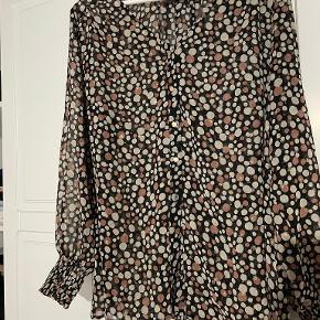 Nanna XL skjorte