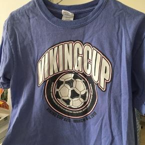 Vintage t-shirt i verdens fineste farver!! Klippet kort 🌸💐