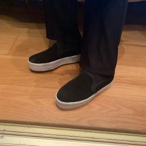 Even&Odd sneakers