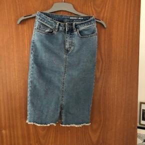 Ny denim nederdel xs
