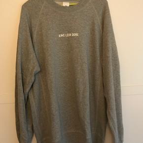 Aime Leon Dore sweatshirt. Brugt meget få gange.