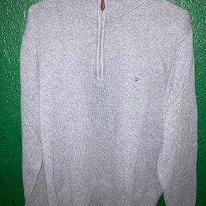 Fed half-zip trøje, fra Tommy Hilfiger  Brugt få gange  (Str XL, men fitter som L)