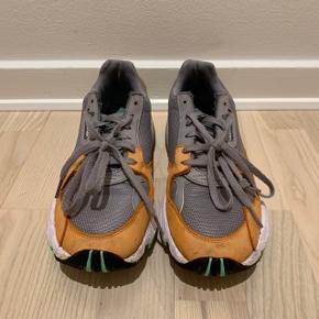 Adidas Falcon Easy Orange   • Bytter ikke ✌️   #30dayssellout