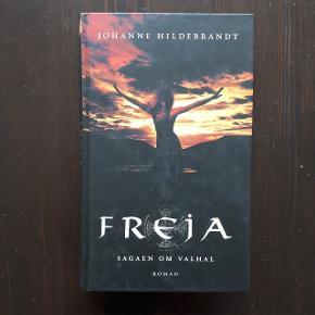 2 bøger i samme serie.  Nogle af siderne i bogen Freja, har fået vand.   Sælges samlet for 50 kr ekskl fragt.  Hentes i Roskilde eller sender med DAO mod betaling af fragt.