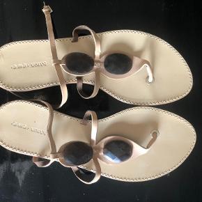 Giorgio Armani sandaler