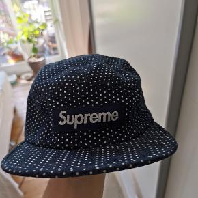 Supreme kasket