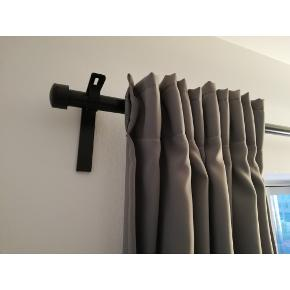2 opaque grey curtains 'MAJGULL' from Ikea. It includes the bracket assembly and the bar. 150 kr