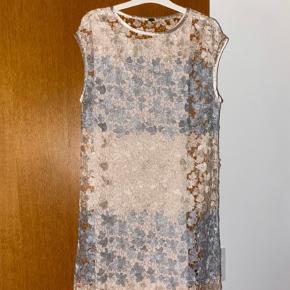 Gustav kjole