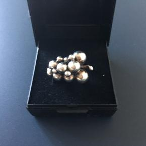 Georg Jensen lille moonlight grapes ring i sølv. Ø 17mm