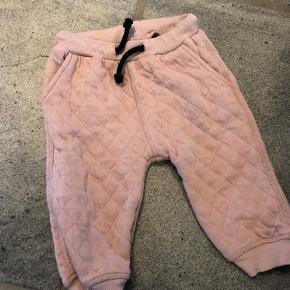 Lækre tykke bukser i rigtig fin stand