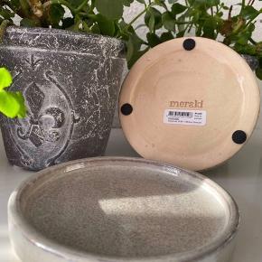 Meraki, lille tray, grå, ny, aldrig brugt, 2 stk