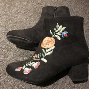 Støvle fra VRS.Brugt en gang.