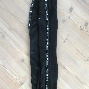 super fede sweatpants fra Nike! byd:)