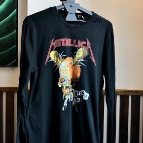 Distressed Metallica langærmet t-shirt, oversized længde