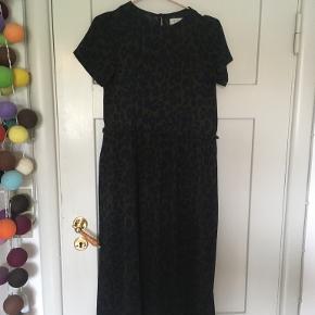 HOUNd kjole