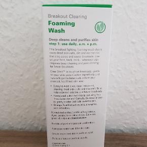 Ny og uåbnet 177ml breakout clearing foaming wash