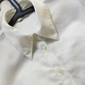 Next skjorte