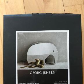 Georg Jensen Elephant moneyphant i blankt rustfrit stål.  Stilren og elegant.  Aldrig pakket ud.  H 125 mm