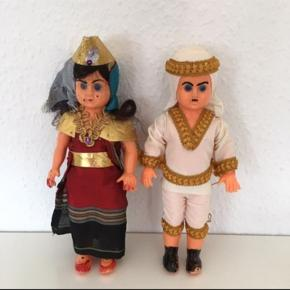 Gl dukker - ca 25 cm høje Arabere i smukke kostumer . Kitch  Dubai   Sender gerne