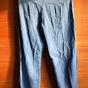 Hay Pants - i denim agtig stil.