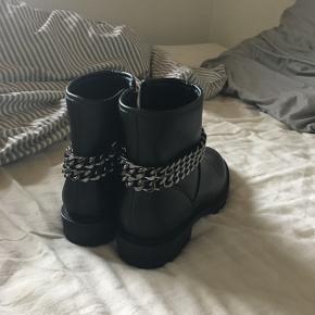Helt nye støvler i str 39 byd