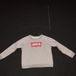 Levis sweater Str 12 Brugt få gange Np: 300 Mp: BYD