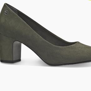 Nye sko. Brugt en aften. Købt for stor. Str 38.🌸. BYD 😀😀😀😀
