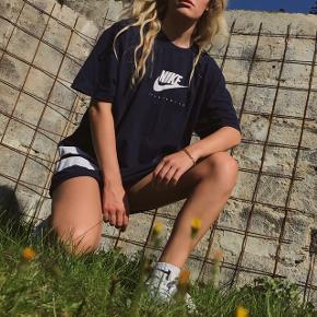 Cool vintage oversize t-shirt fra Nike 🌸