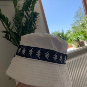 Kappa Hat & hue