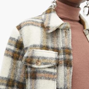 Smukkeste Isabel Marant Gaston jakke. Str. 40 fransk størrelse, så passer en 36-40 da den er lidt oversize🌸