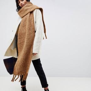 Flot tørklæde, i den flotte populære brændte farve.