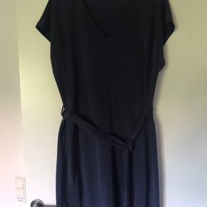 Quennie kjole. Den blødeste kjole, så behagelig at have på.  Bytter ikke.