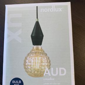 Sælger to pendelophæng fra Nordlux. De er aldrig brugt, og fremstår derfor som nye. Ikea pærer der passer dertil medfølger