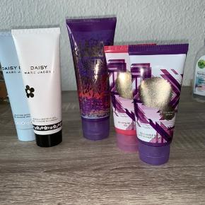 • Daisy Dream - Shower gel - Ny • Daisy - Shower gel - Ny • JB - The Key - Body lotion - Prøvet én gang. • JB, Collectors Edition - Body Wash/gel - Uåbnet  • JB, Collectors Edition - Body lotion - Uåbnet  Kom med et bud :)