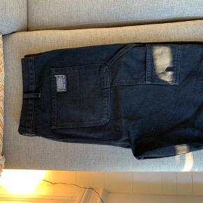 Industrial shorts fra UO.  Aldrig brugt.