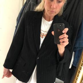 Smuk oversize nålestribet blazer 🖤  #30dayssellout
