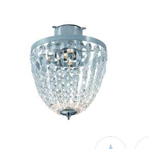 Hellekis prisme plafond.  Loftlampe i metal chrom med klare prismer. Diameter 27 cm højde 35 cm.