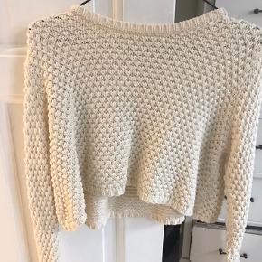 Cropped sweater fra Urban Outfitters