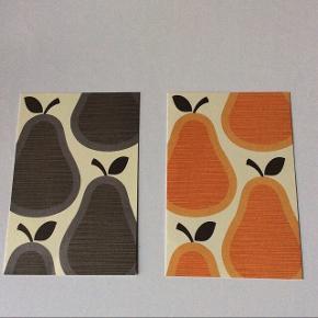 2 Kunstkort af Orla Kiely. Str. ca. 5x4,5 cm.  pris for begge: 20 kr.  Plus porto.  Bytter ikke.