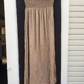 Charlie Joe kjole