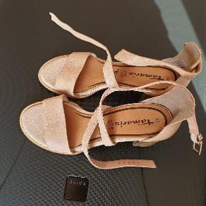 Helt nye Tamaris sandaler, virkelig dejlig og blød læder , aldrig brugt
