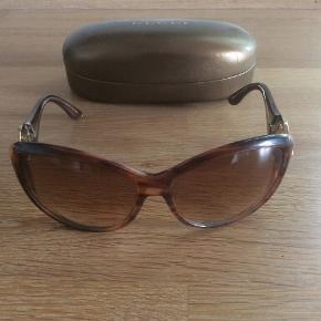 Solbriller, købt i Gucci i Rom. Kvittering haves desværre ikke længere