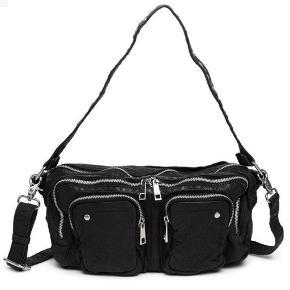 Nunoo Allimakka taske i vasket læder sælges