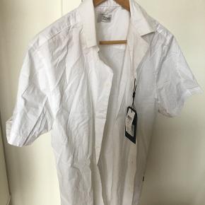 Solid skjorte