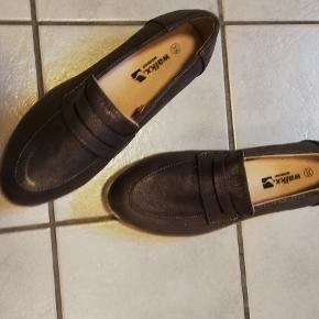 Mokkasin sko fra Walkx med god solid sål.