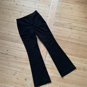 Super fine bukser fra Zara, str Xs - brugt et par gange, fejler ingenting