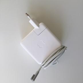 MagSafe 1, 60W (L-type)  Original oplader til MacBook Pro og MacBook air  Modelnr.: A1344
