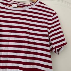 H&M Basic Bordeaux stribet tshirt i str small  #Secondchancesummer